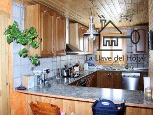 cocina con muebles estilo provenzal