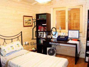 dormitorio individual de madera