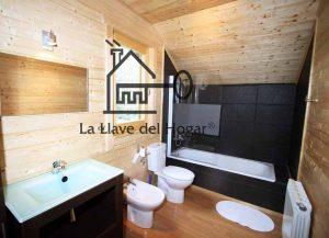 lavabo completo con bañera baldosas imitación pizarra