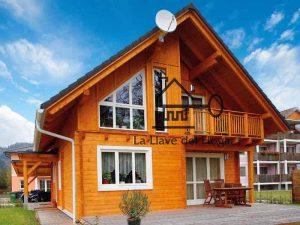 Vivienda moderna y de diseño fabricada con tronco recto de madera