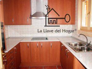 cocina en vivienda de madera