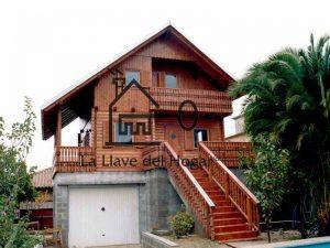 casa de tronco redondo